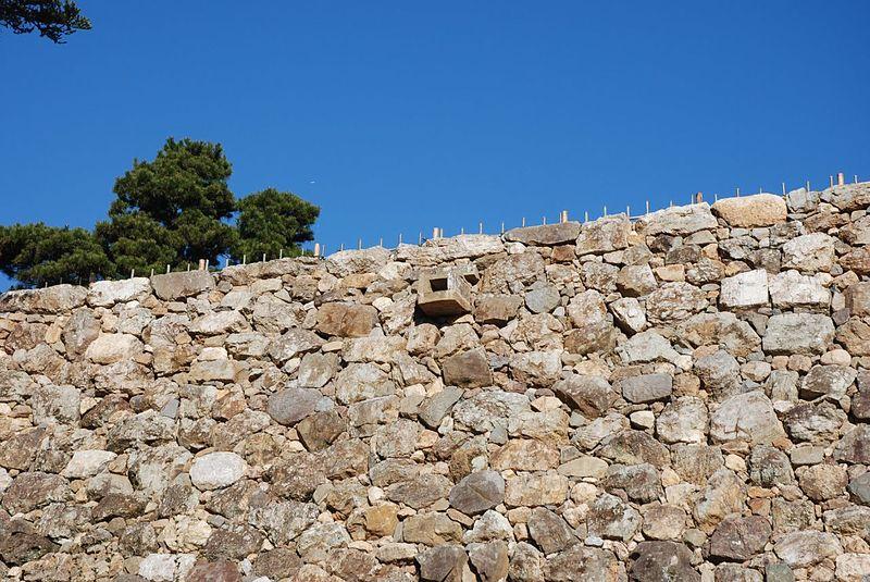 石垣の排水口[高知城]