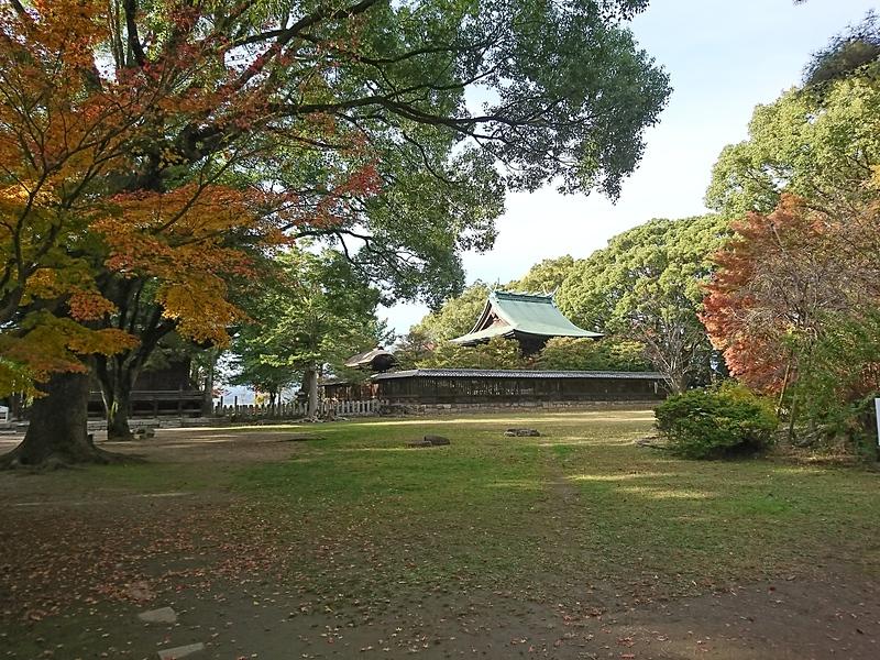本丸御殿跡(篠山神社)