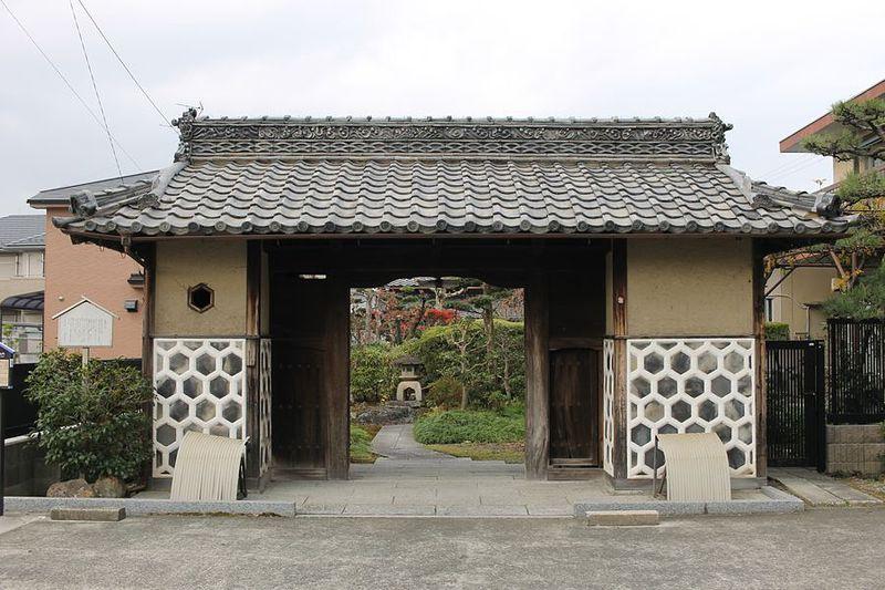 生駒屋敷(小折城)中門