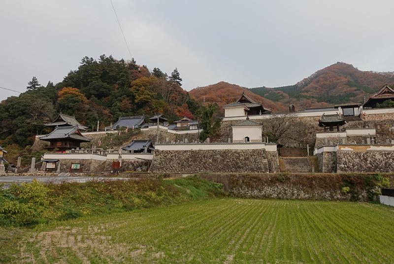 薬師院泰立寺と松連寺