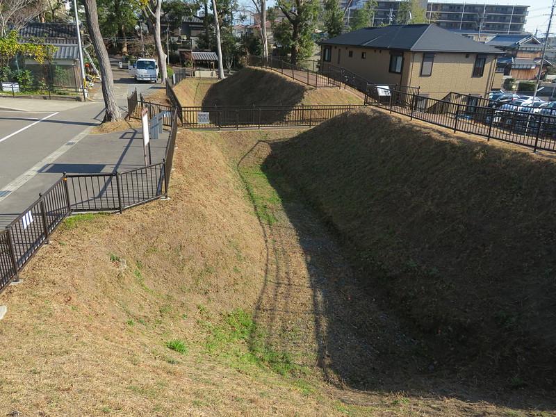 空堀と虎口