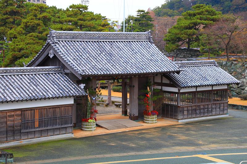 門松と復元鷲之門(2)