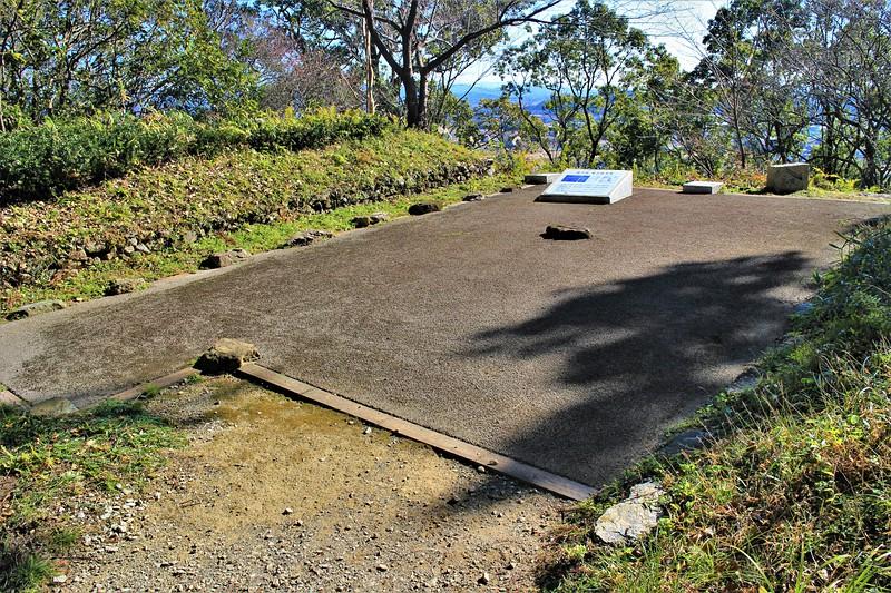 詰下段礎石建物跡(西側)