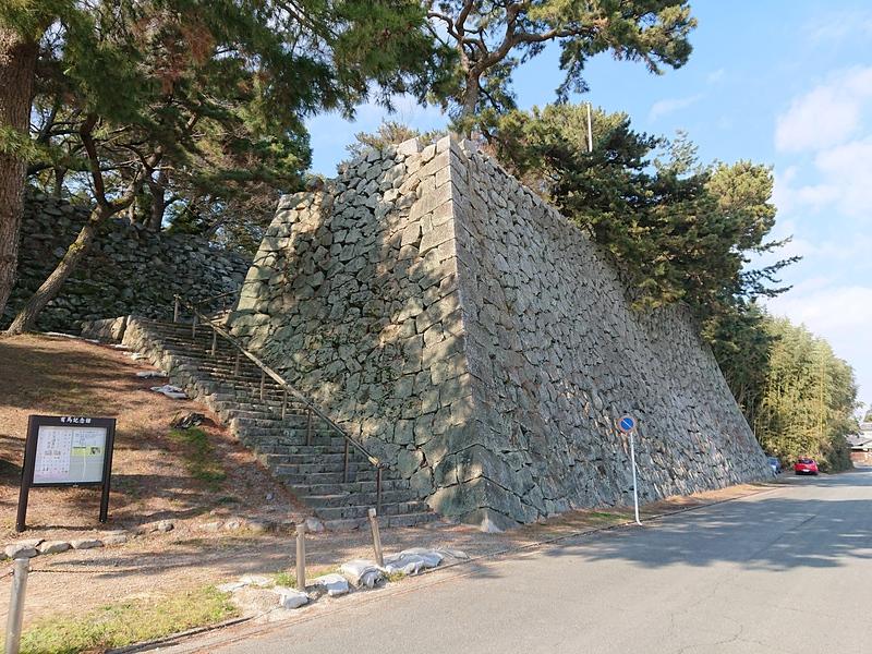 月見櫓台石垣
