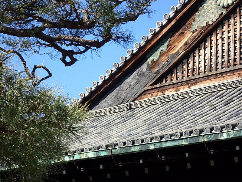 二の丸御殿の破風板に葵の御紋