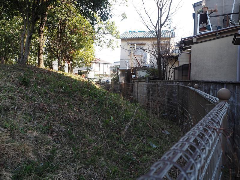沼田丸(西端から南側)
