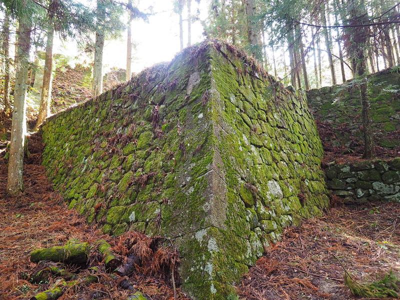 三重櫓石垣