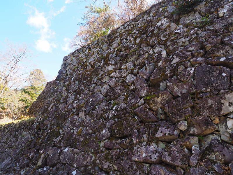 野面積みの石垣