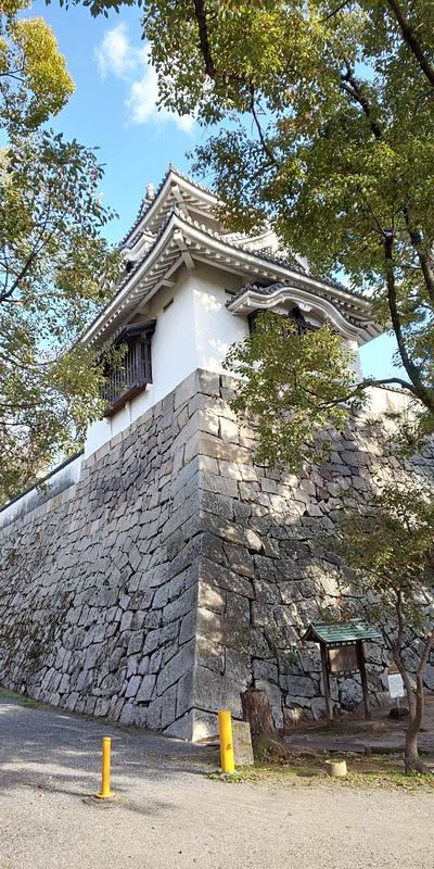 月見櫓 内堀側から(2019年3月)