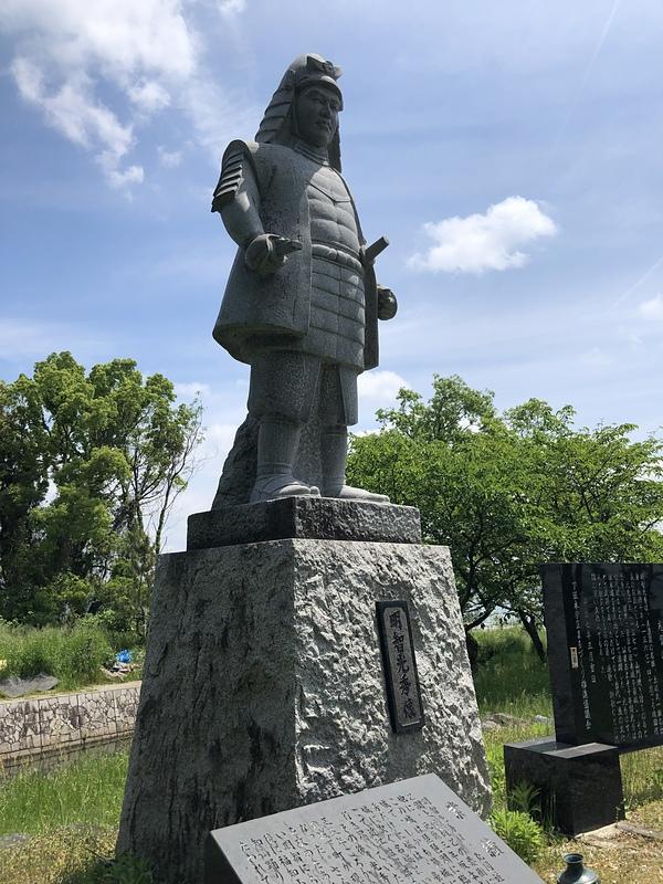 明智光秀公銅像