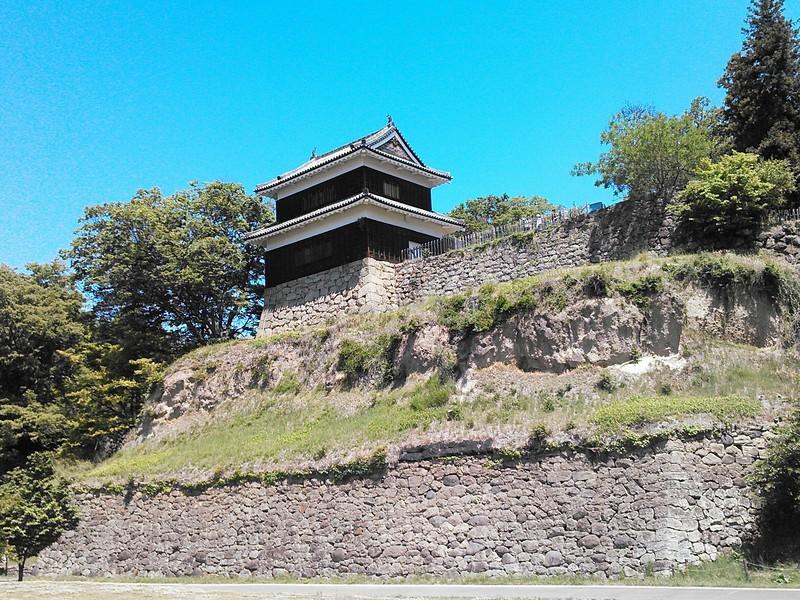 南櫓と石垣