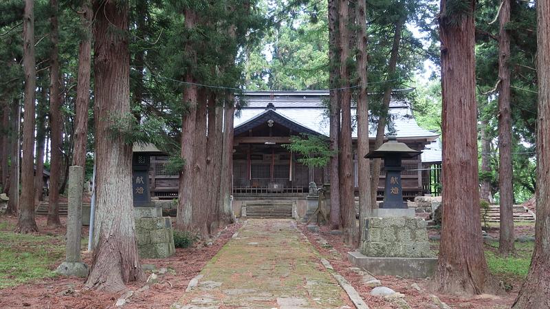 成島八幡神社本殿