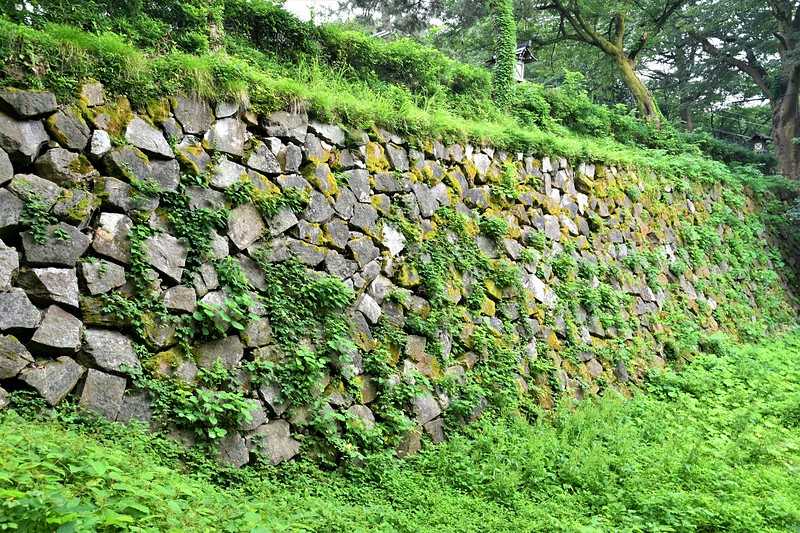 土橋の石垣