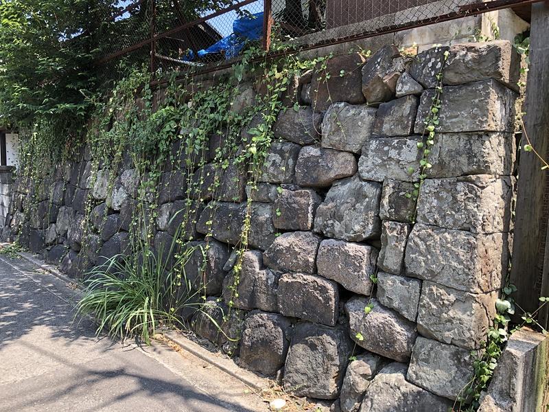 防潮石垣跡