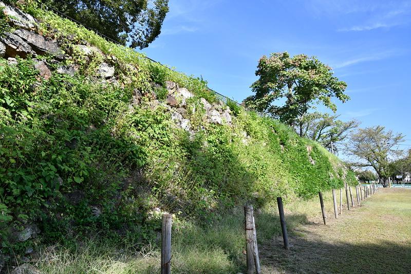 石垣(外桝形?)