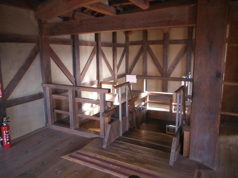 西の丸三重櫓(内部)