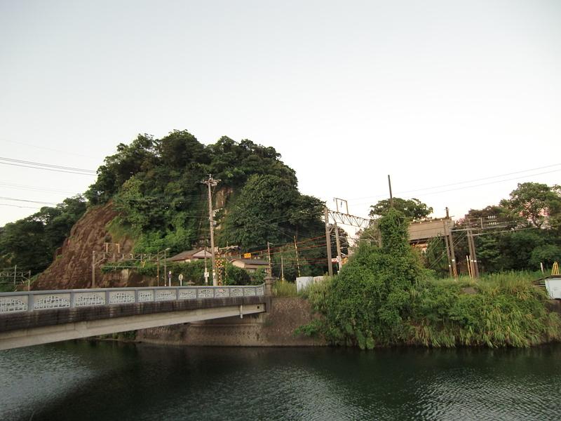 東福寺城遠景