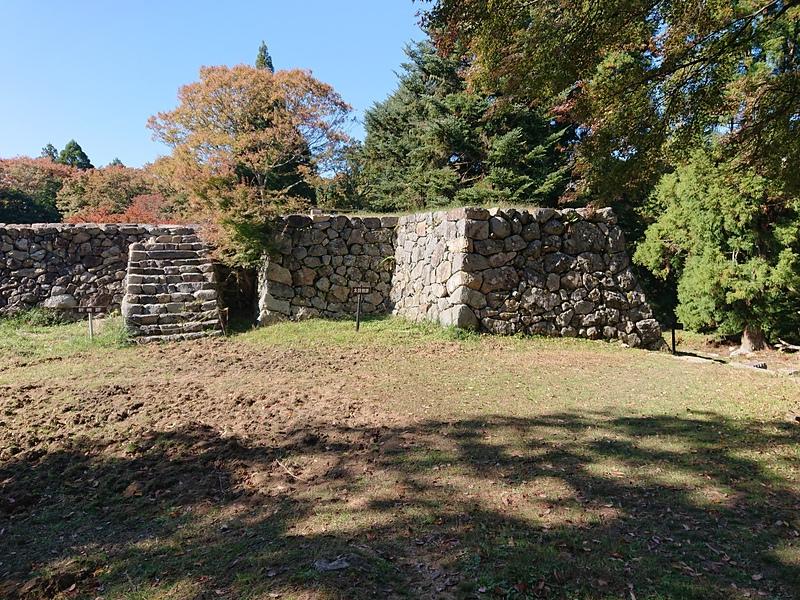 二の丸太鼓櫓石垣