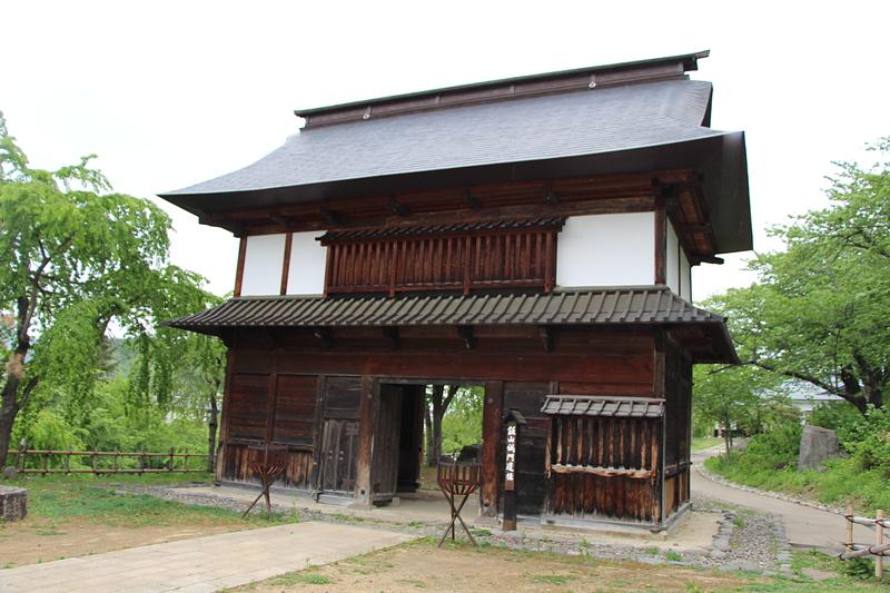 飯山城門遺構