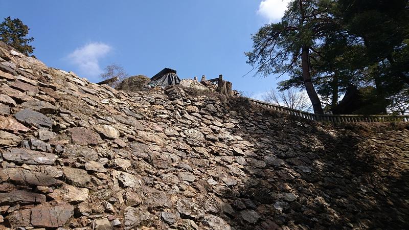 本丸跡高石垣