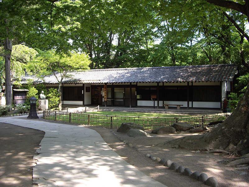 藤村記念館(懐古園内)