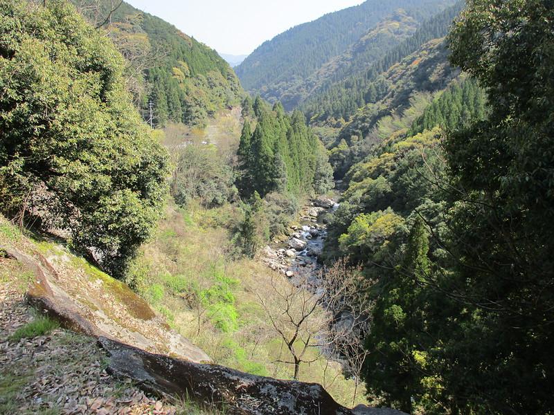 登城路から河俣川