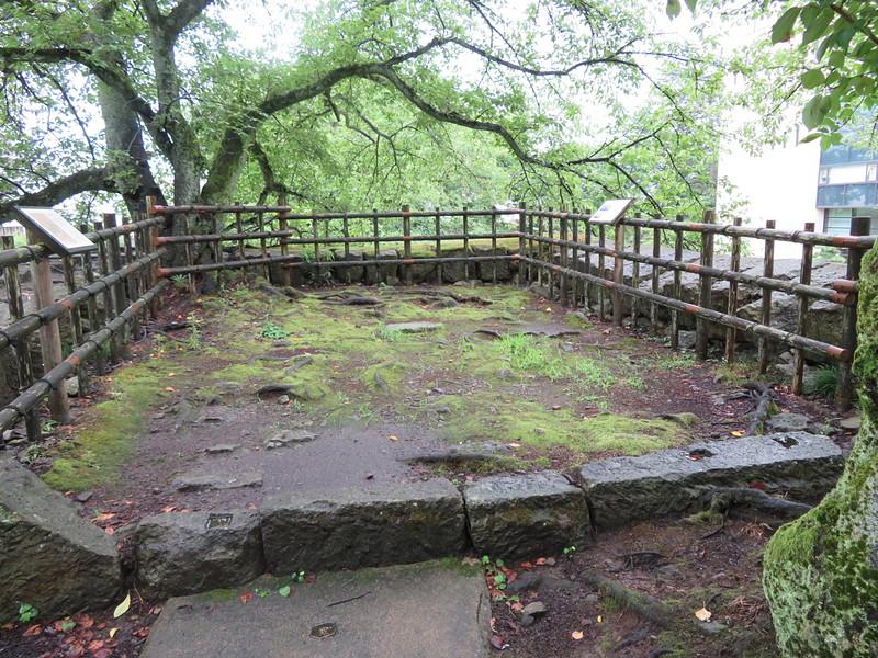 瓦御門の櫓台基礎石