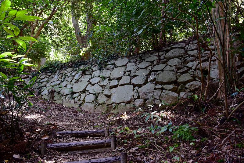 最初の石垣