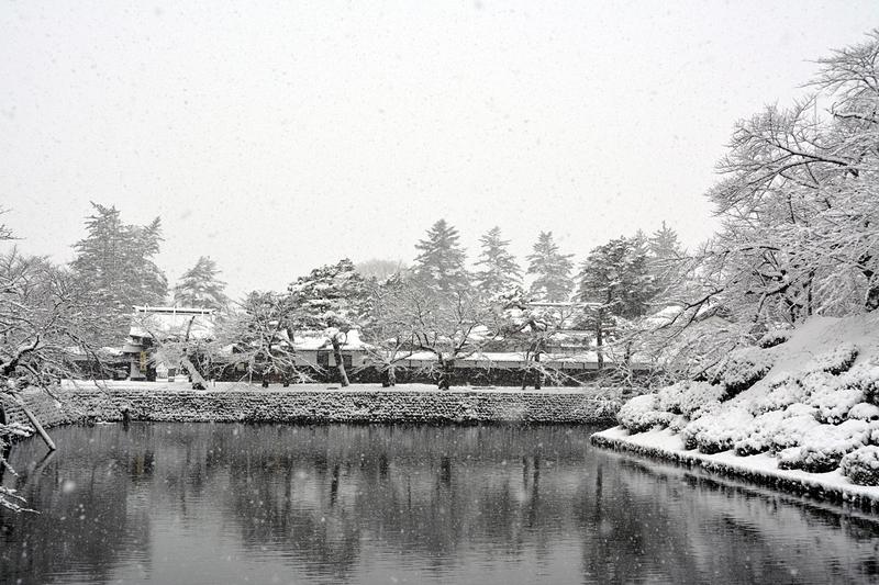 雪の堀[米沢城]