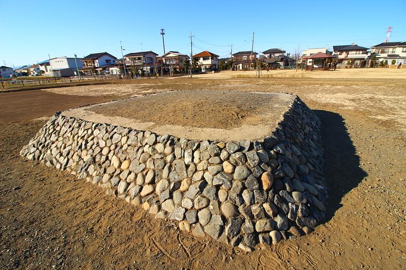 河越館 霊廟と思われる塚