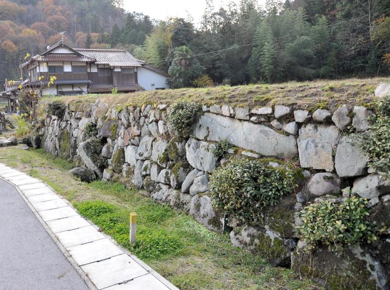 今田氏城館跡の石垣