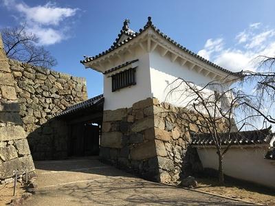 太鼓櫓(への櫓)とりの門