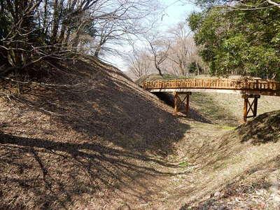 本丸空堀を跨ぐ橋
