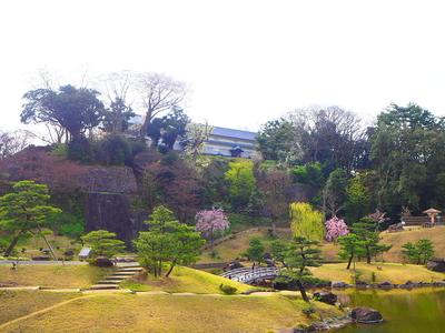 玉泉院丸庭園と三十間長屋