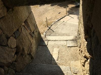 るの門(埋門)