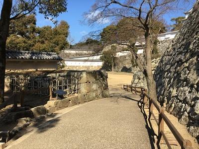 をの門・リの櫓跡