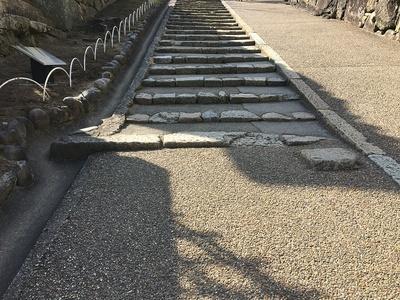 西の丸南門跡の礎石