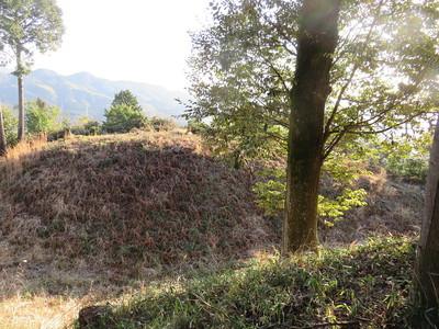 版築土塁と空堀
