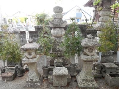 室町幕府10代将軍足利義稙の墓