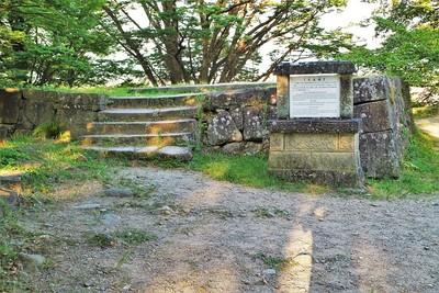 月見櫓跡(東側)