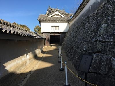にの門(櫓門)