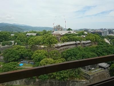 市役所14階展望所からの大天守、本丸御殿など