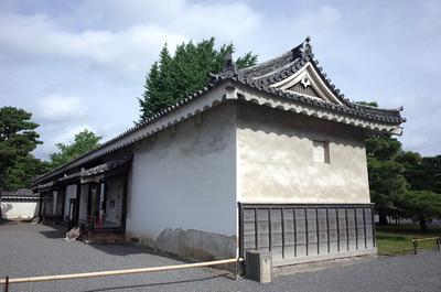 土蔵(米倉)