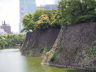 高石垣の折れ