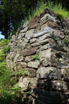 本丸 釜床跡側石垣