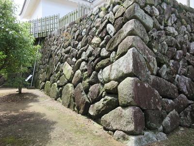 多門櫓台石垣①