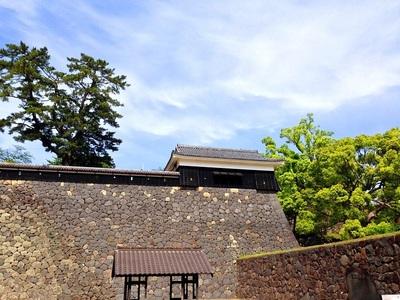 太鼓櫓と石垣