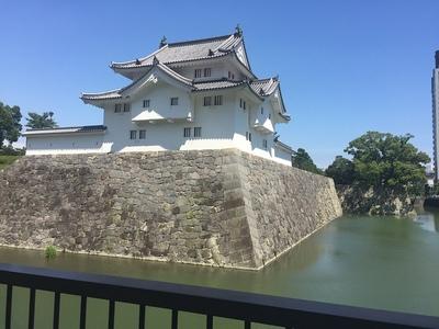 二の丸堀より坤櫓を望む