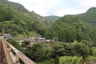 若子城のある山