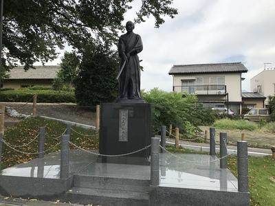 剣聖 上泉伊勢守の像